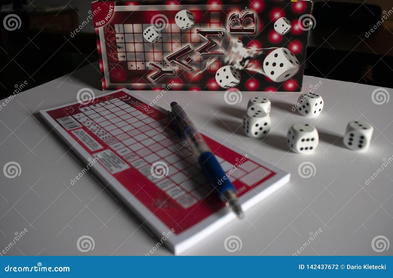 Κοινωνικός χωρίστε σε τετράγωνα το παιχνίδι