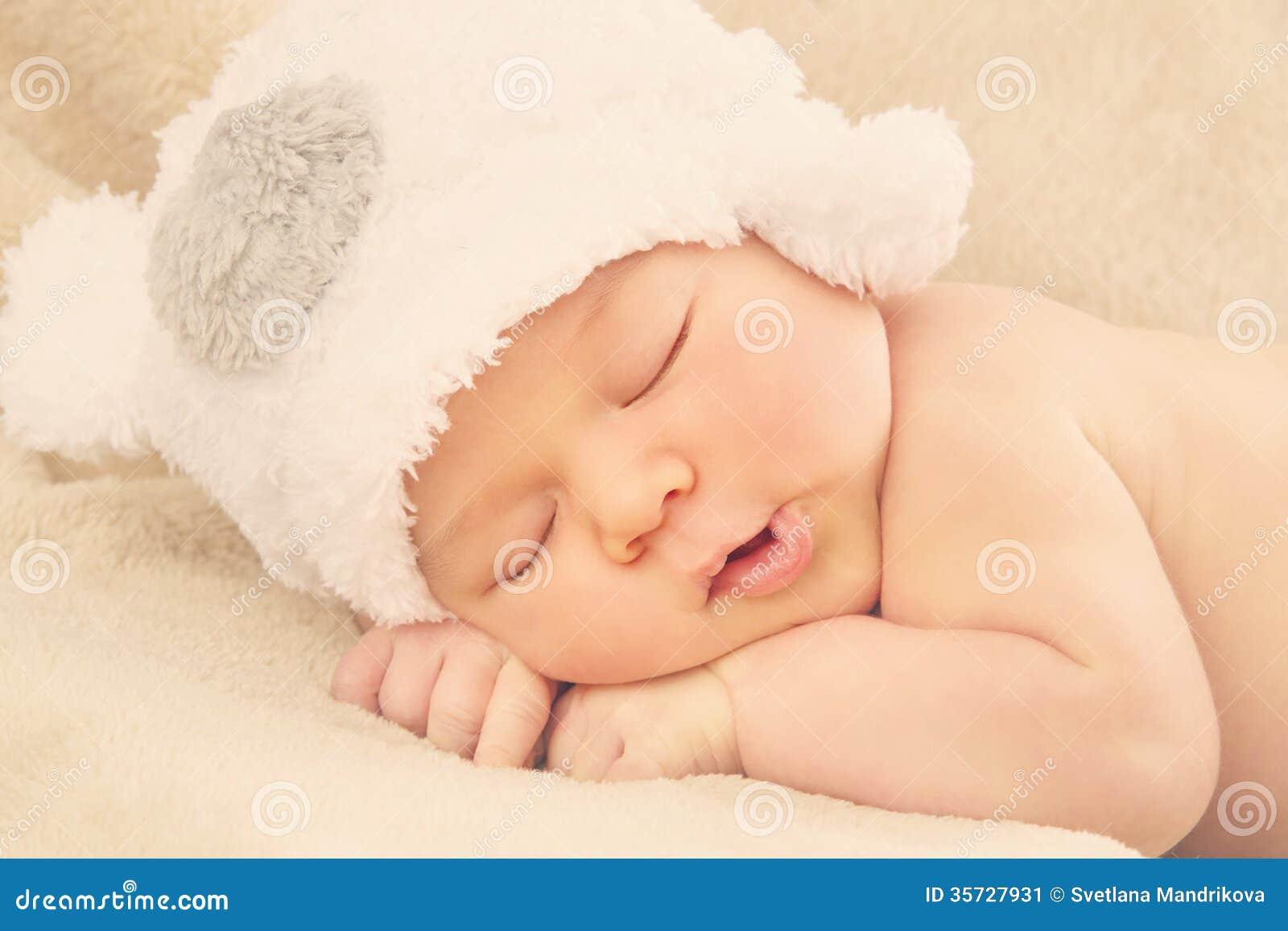 Κοισμένος νεογέννητο μωρό