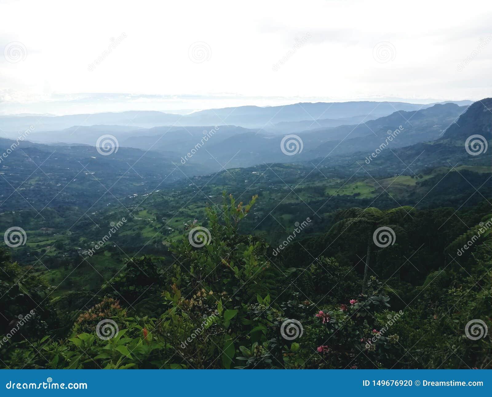 Κολομβιανό φυσικό πάρκο Chicaque τοπίων
