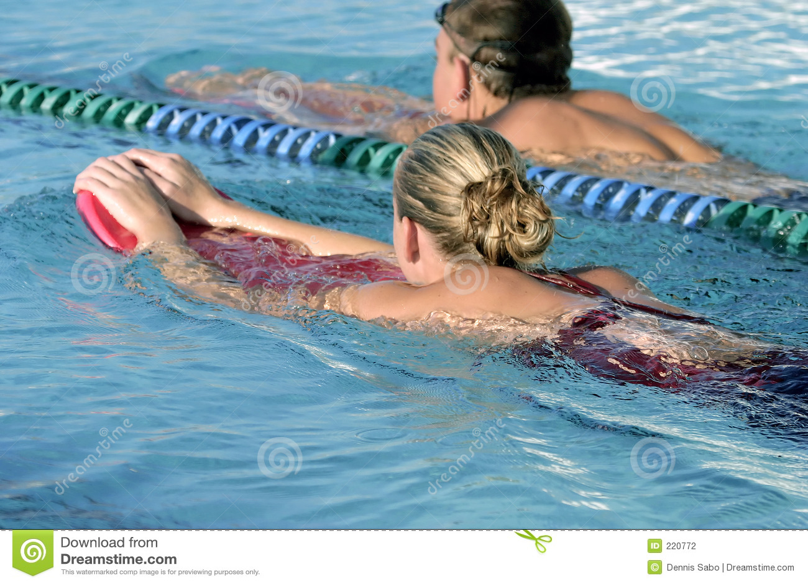 κολυμβητές γυμνασίου
