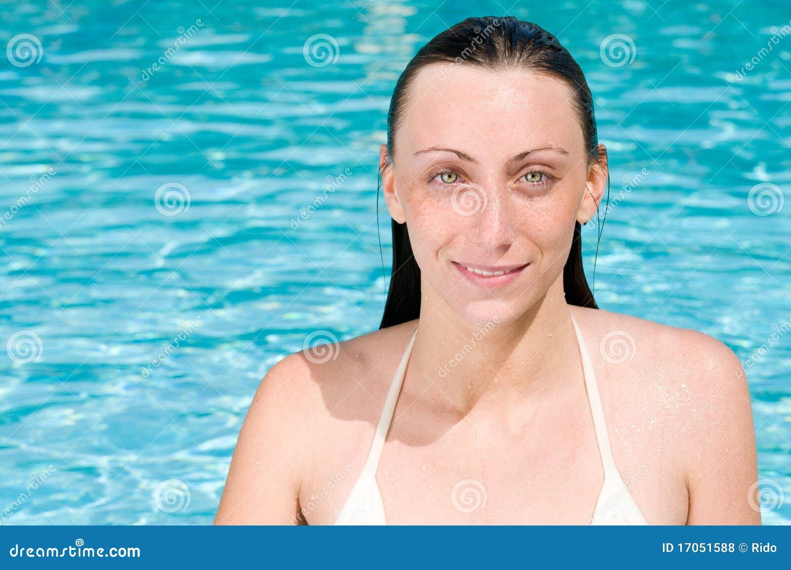 κολύμβηση λιμνών κοριτσιώ&nu