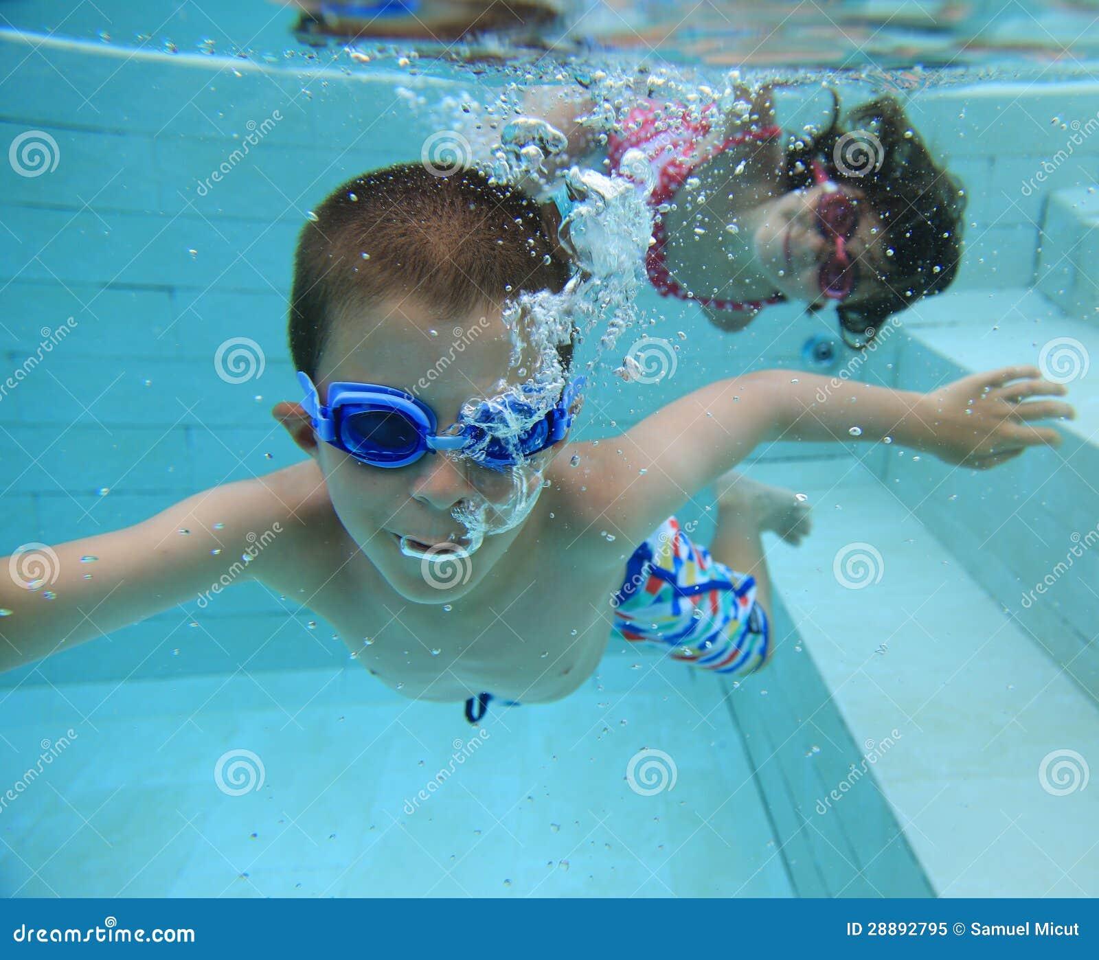 Κολύμβηση υποβρύχια