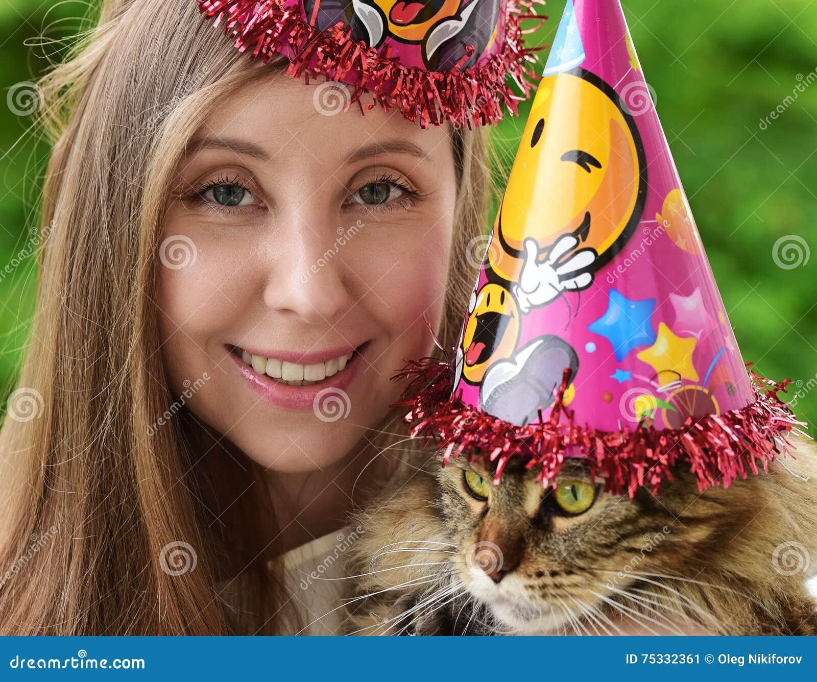 Κορίτσι και γάτα