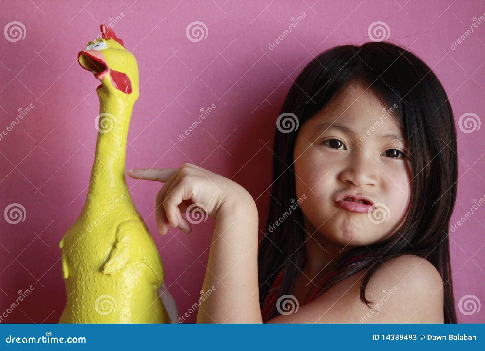 κορίτσι κοτόπουλου λίγ&o