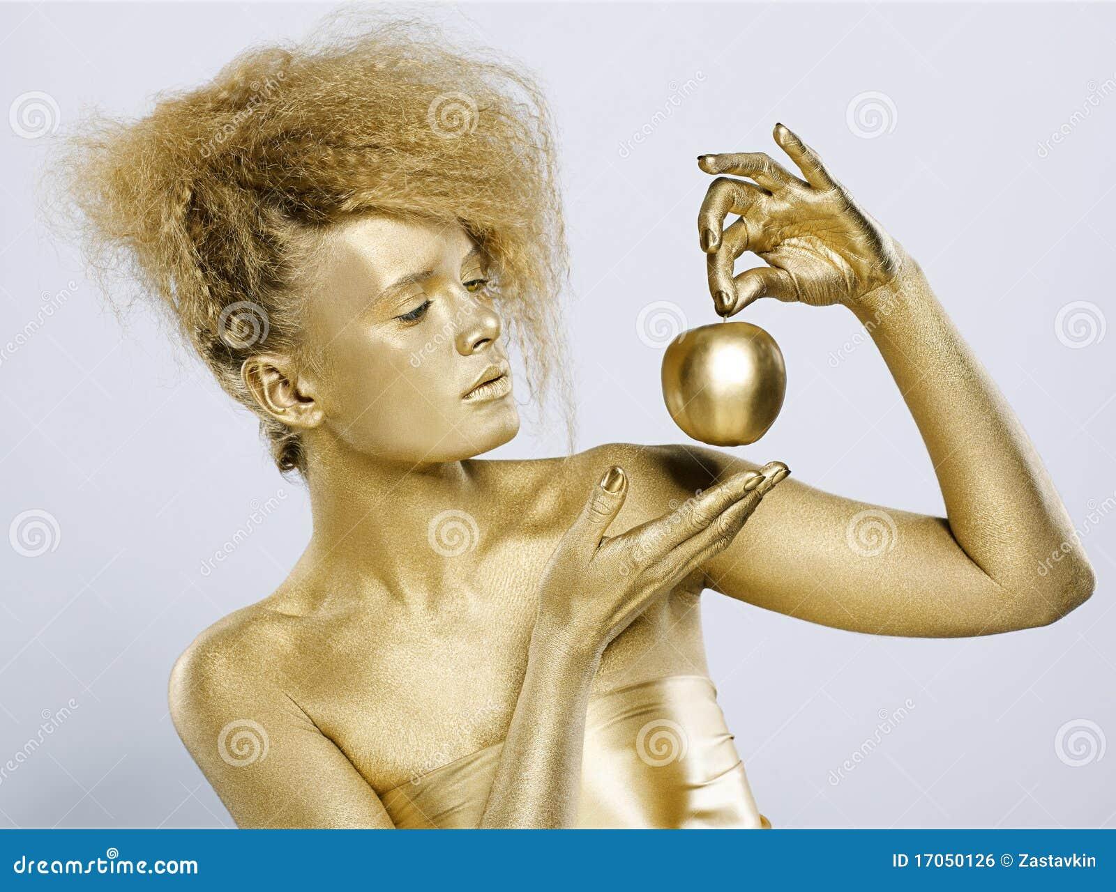 κορίτσι μήλων χρυσό