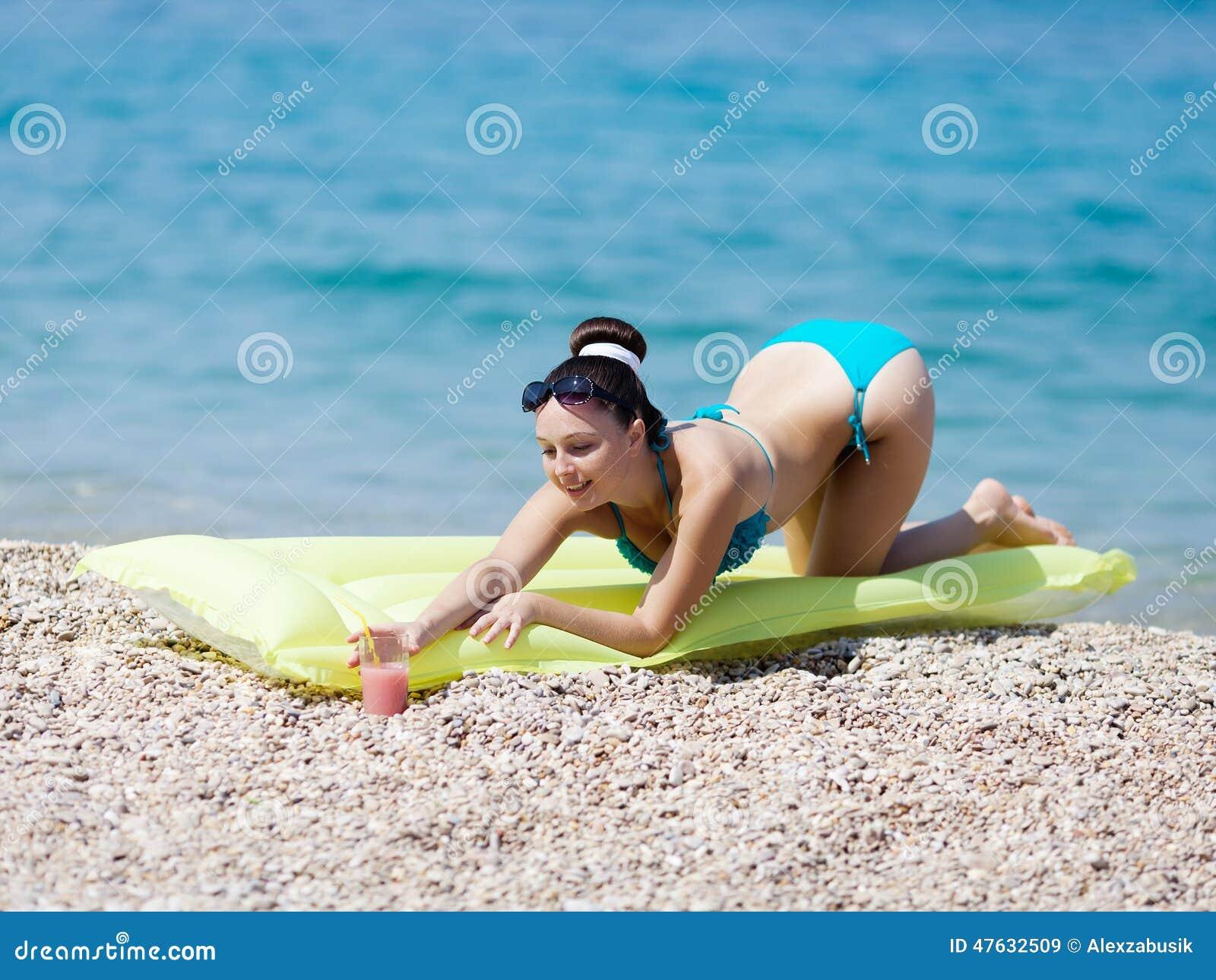 Teen κορίτσια στο γυμνό xxx πορνό βίντεο ηλιόλουστη Λεόνε