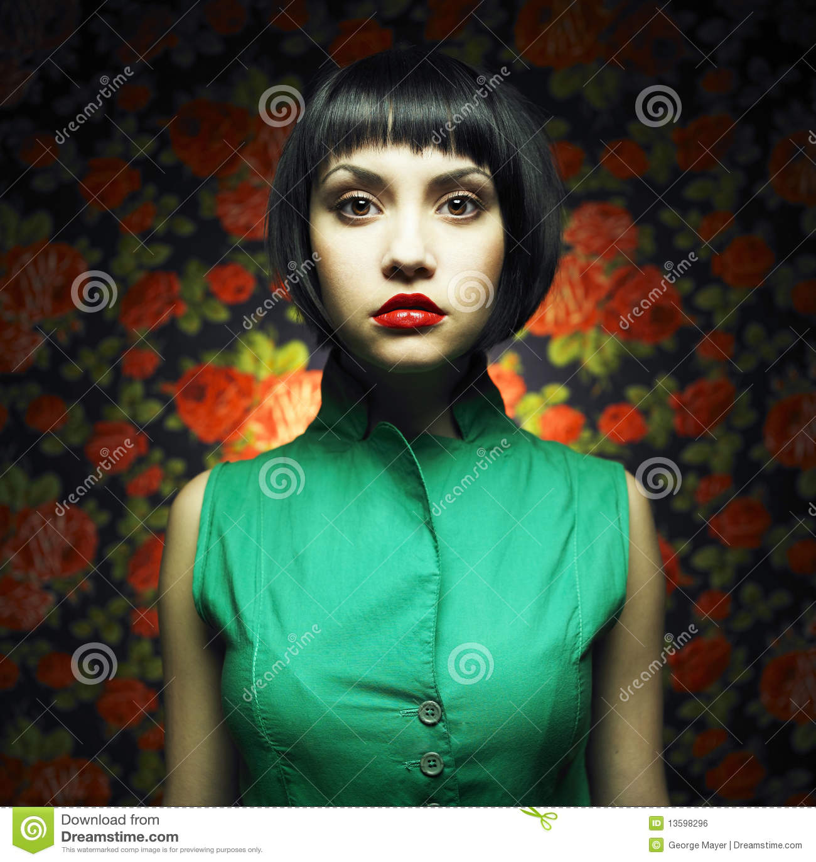 κορίτσι φορεμάτων κουκ&lambda