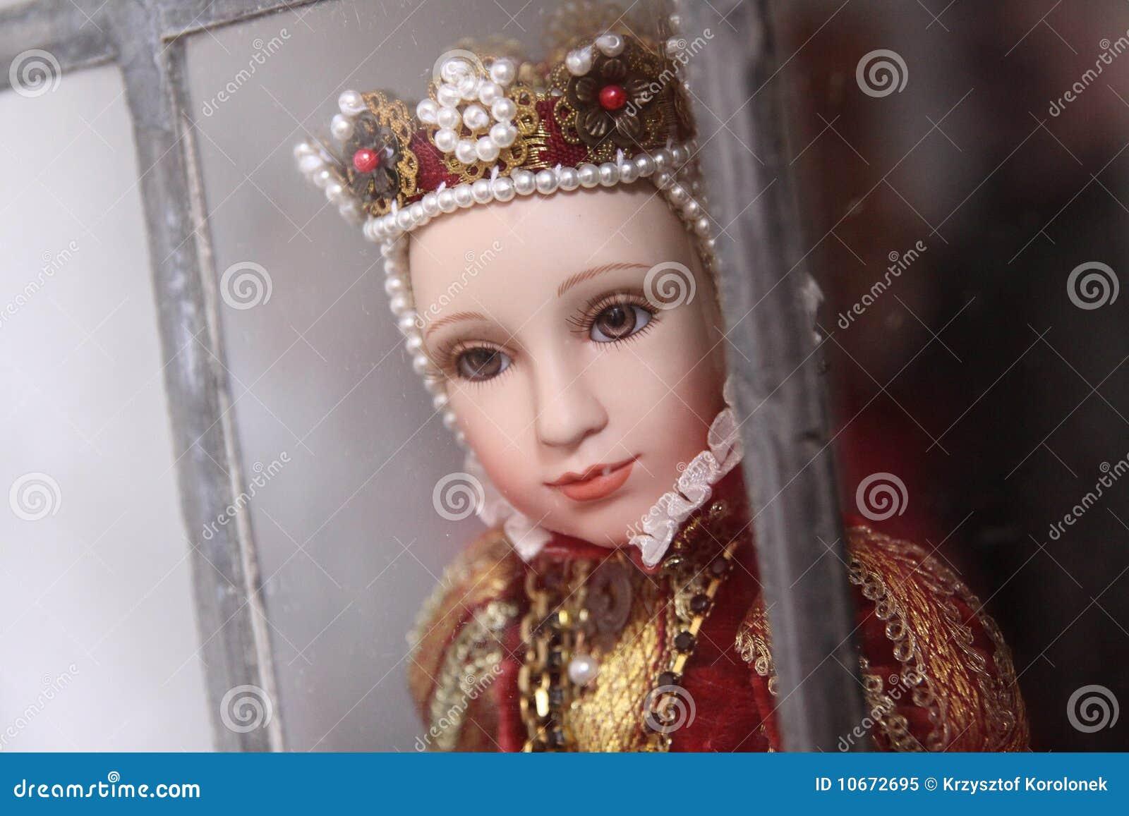 κούκλα βασιλοπρεπής