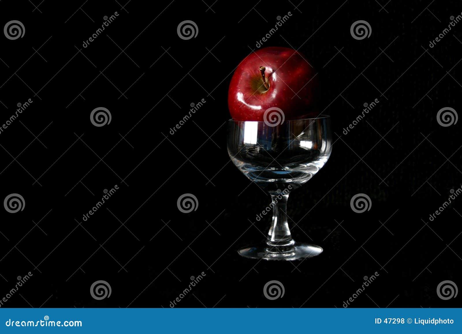 κρασί γυαλιού μήλων