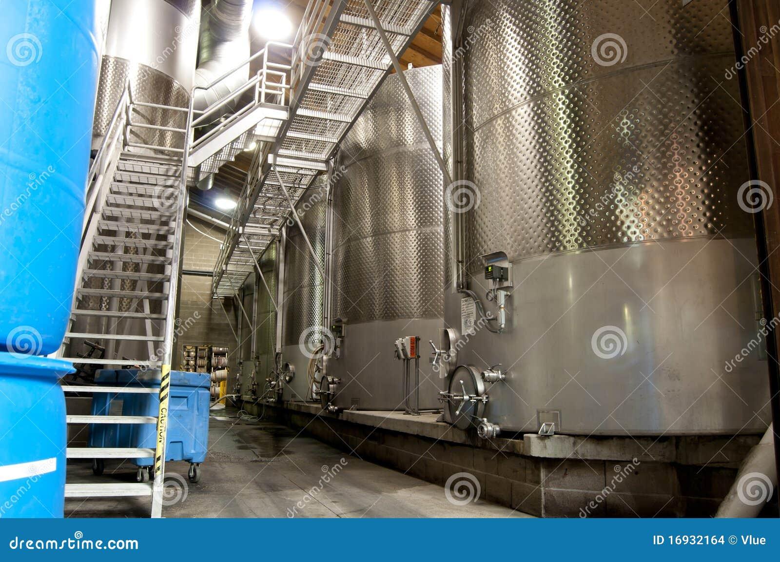 κρασί δεξαμενών