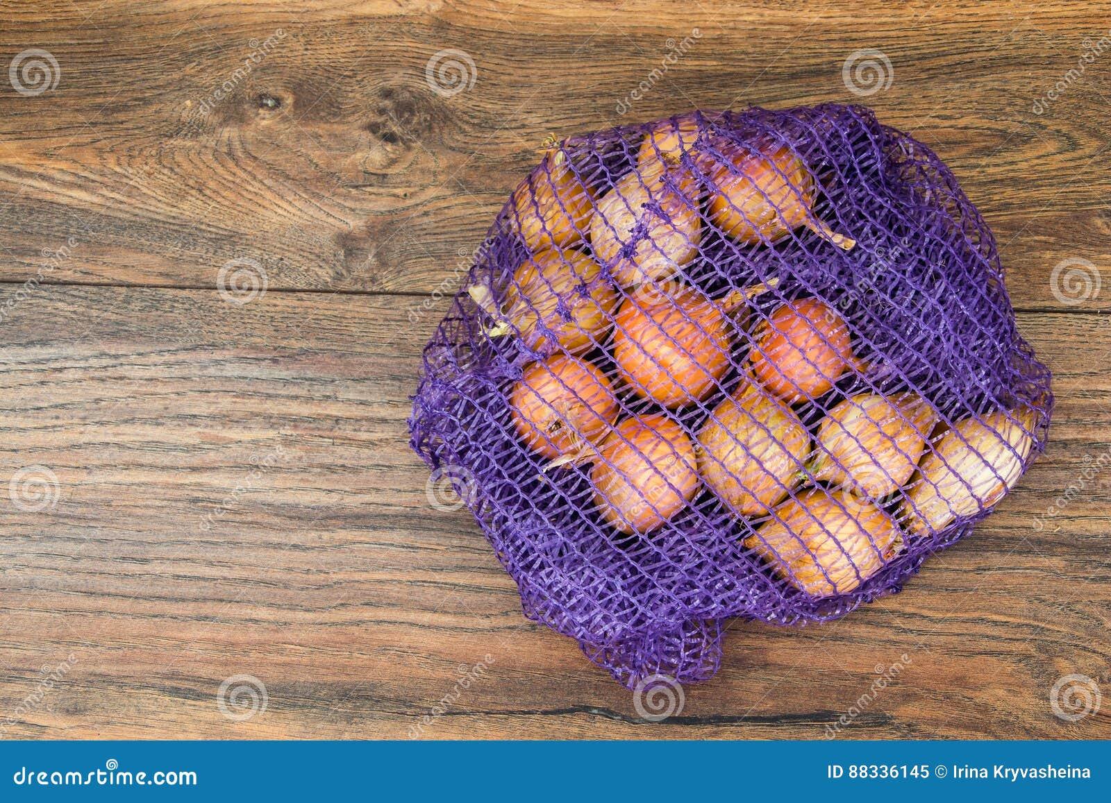 Κρεμμύδι σε ένα πλέγμα