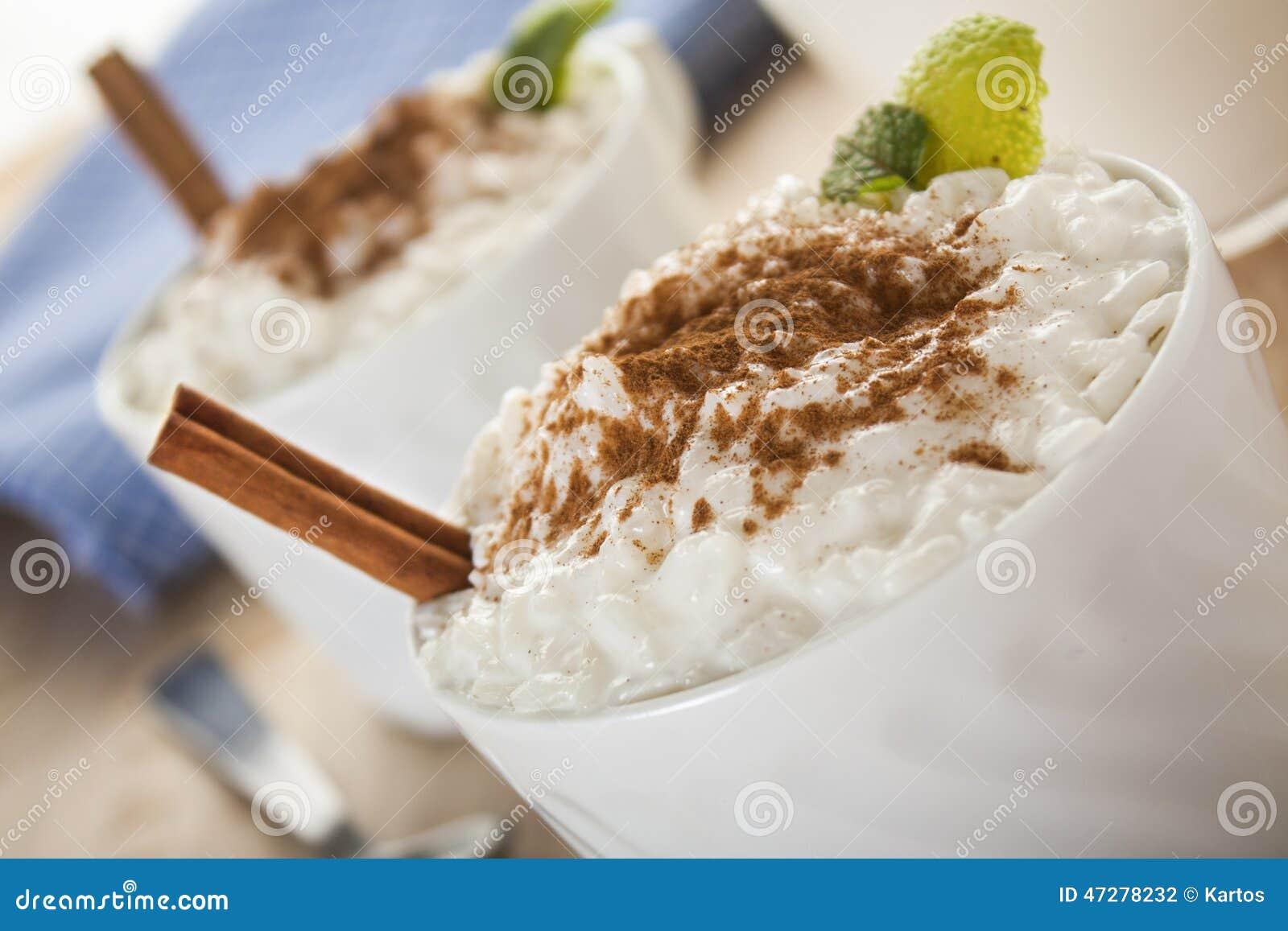 κρεμώδες ρύζι πουτίγκας