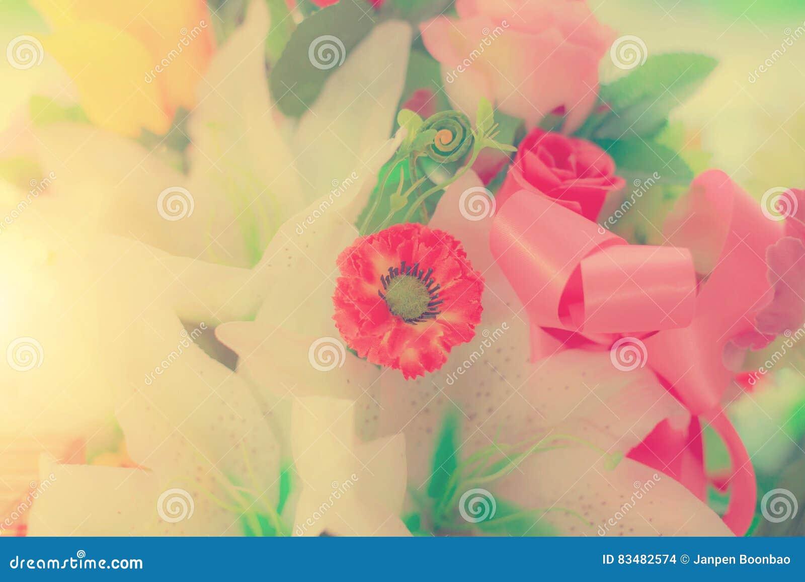 Κρητιδογραφία ανθοδεσμών εορτασμού τριαντάφυλλων άνοιξη ρυθμίσεων λουλουδιών