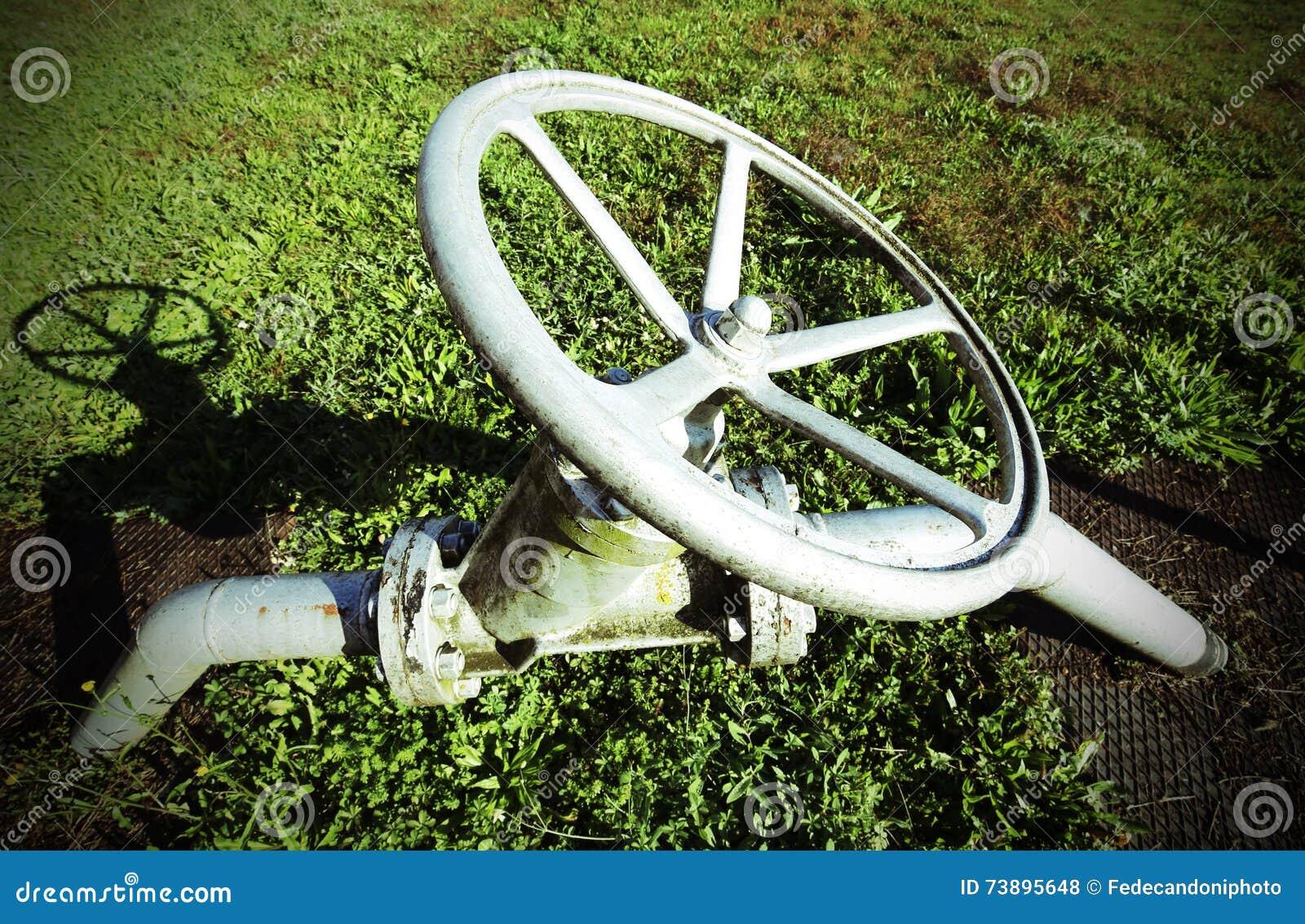 κυκλική μορφή εξοπλισμού για τον ελιγμό της βαλβίδας για το κλείσιμο του ο
