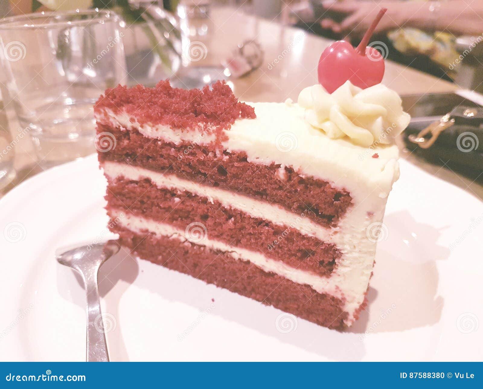 κόκκινο βελούδο κέικ