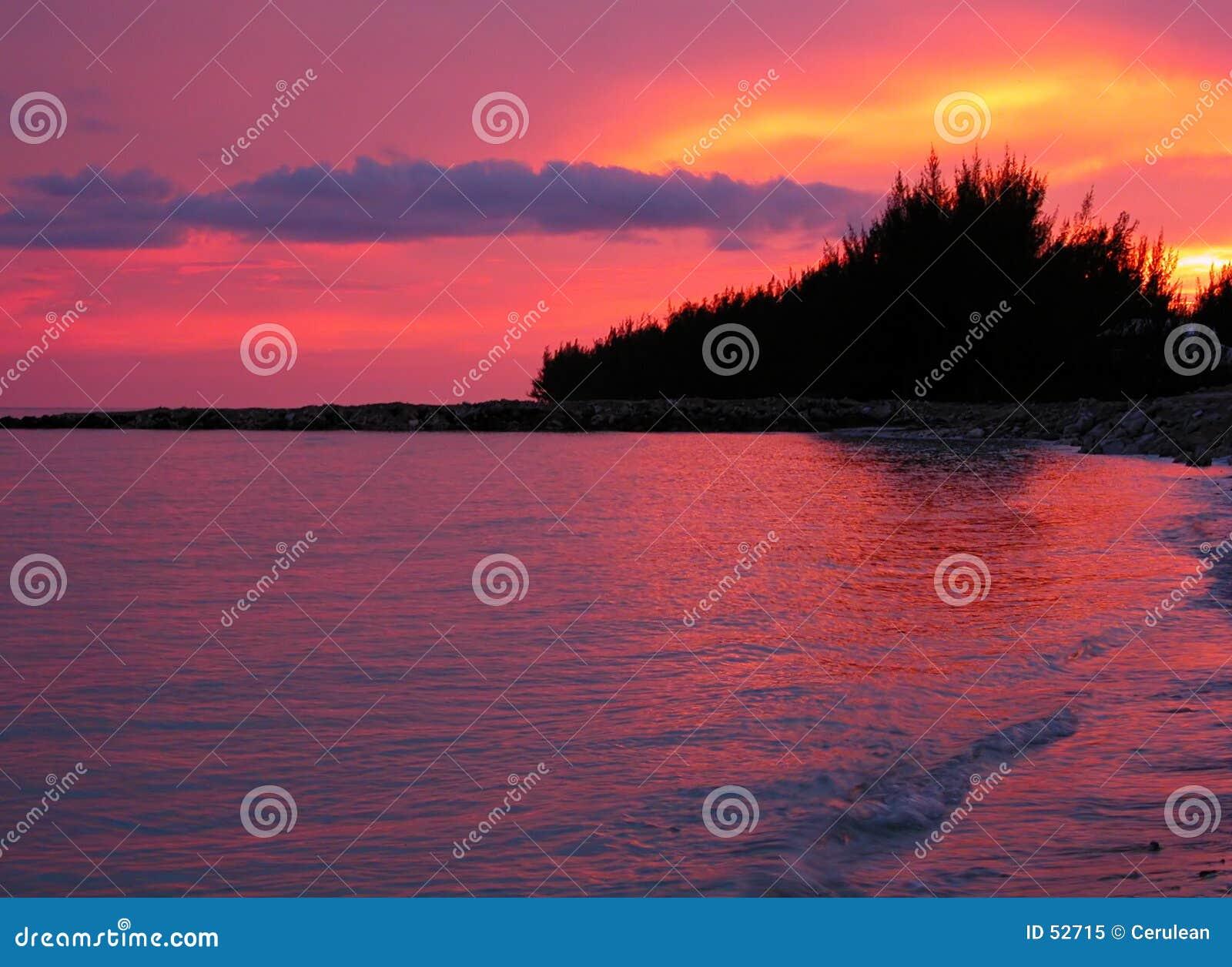 Download κόκκινο ηλιοβασίλεμα στοκ εικόνα. εικόνα από όνειρο, όραμα - 52715