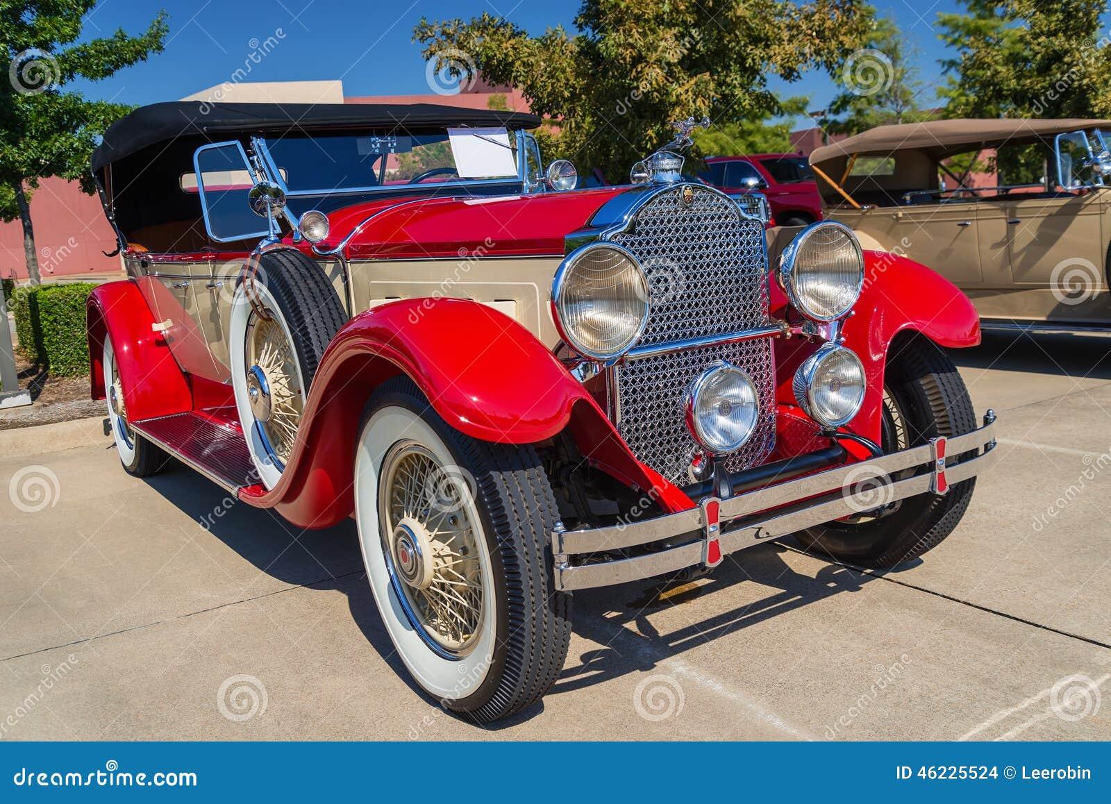 Κόκκινο κλασικό αυτοκίνητο Packard του 1929