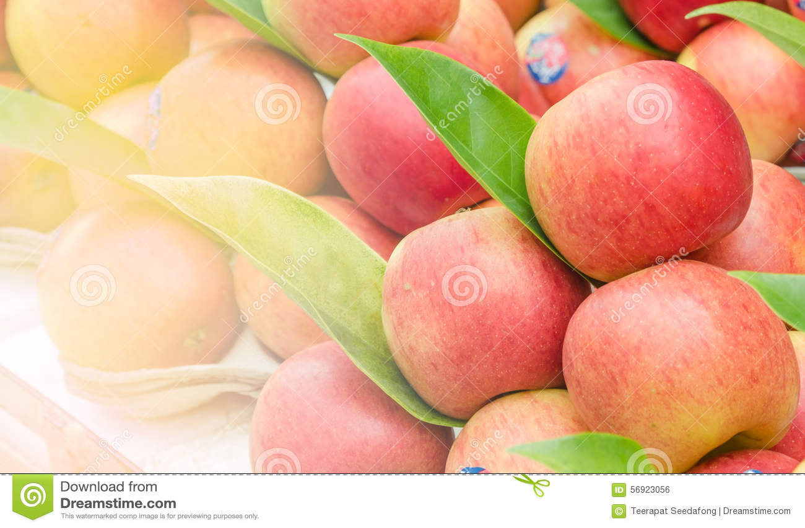 κόκκινο μήλο στη φρέσκια αγορά Ταϊλάνδη