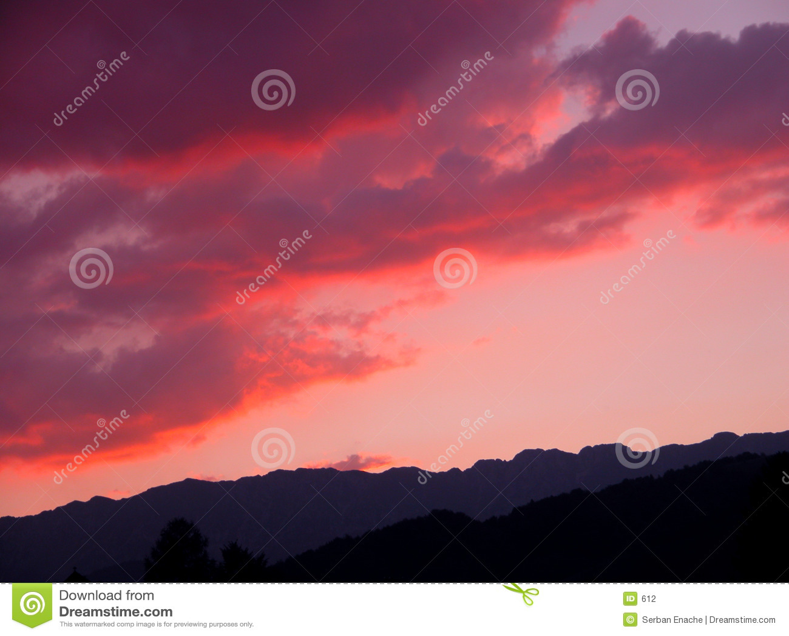 κόκκινο σύννεφων
