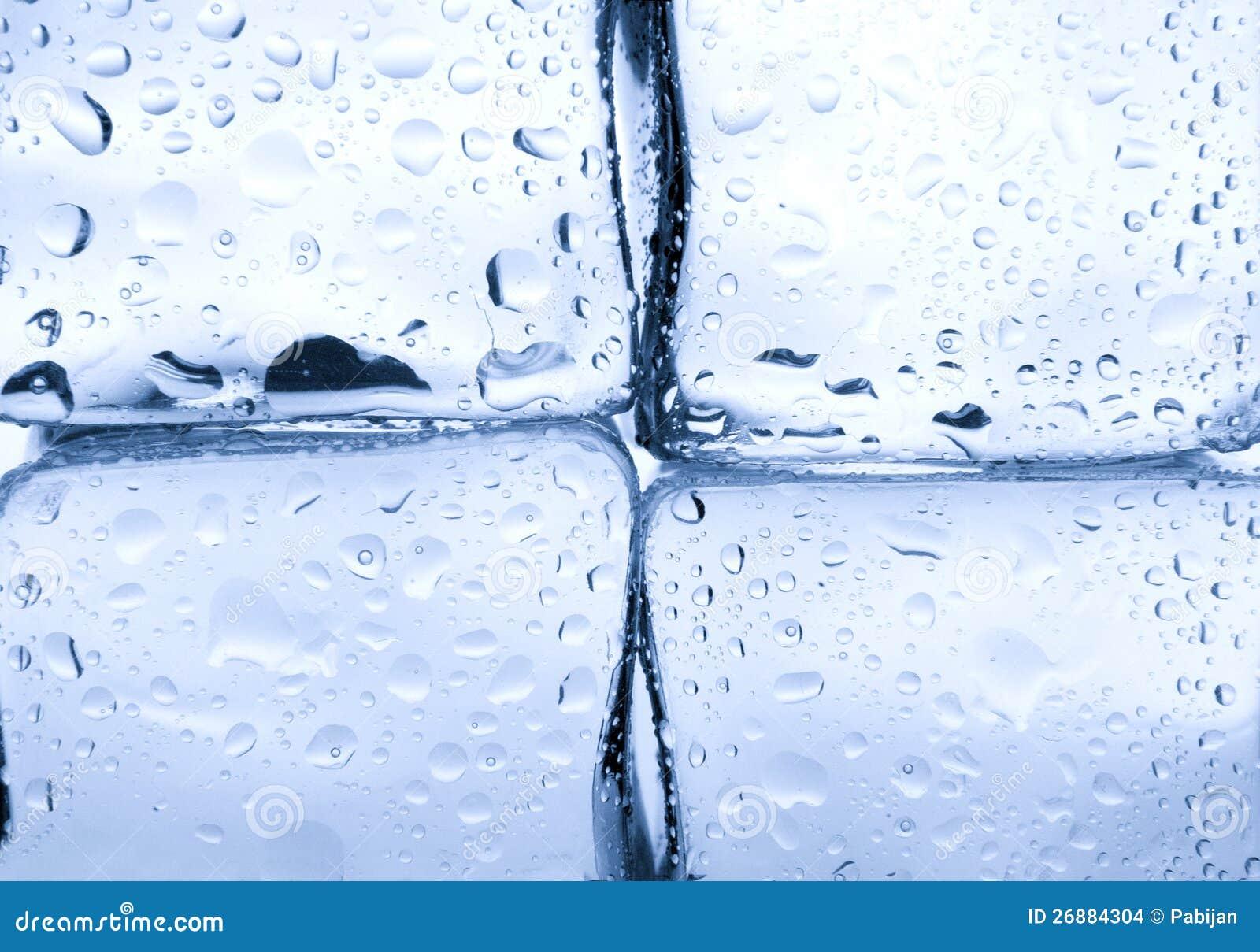 Κύβοι πάγου με την ανασκόπηση απελευθερώσεων ύδατος