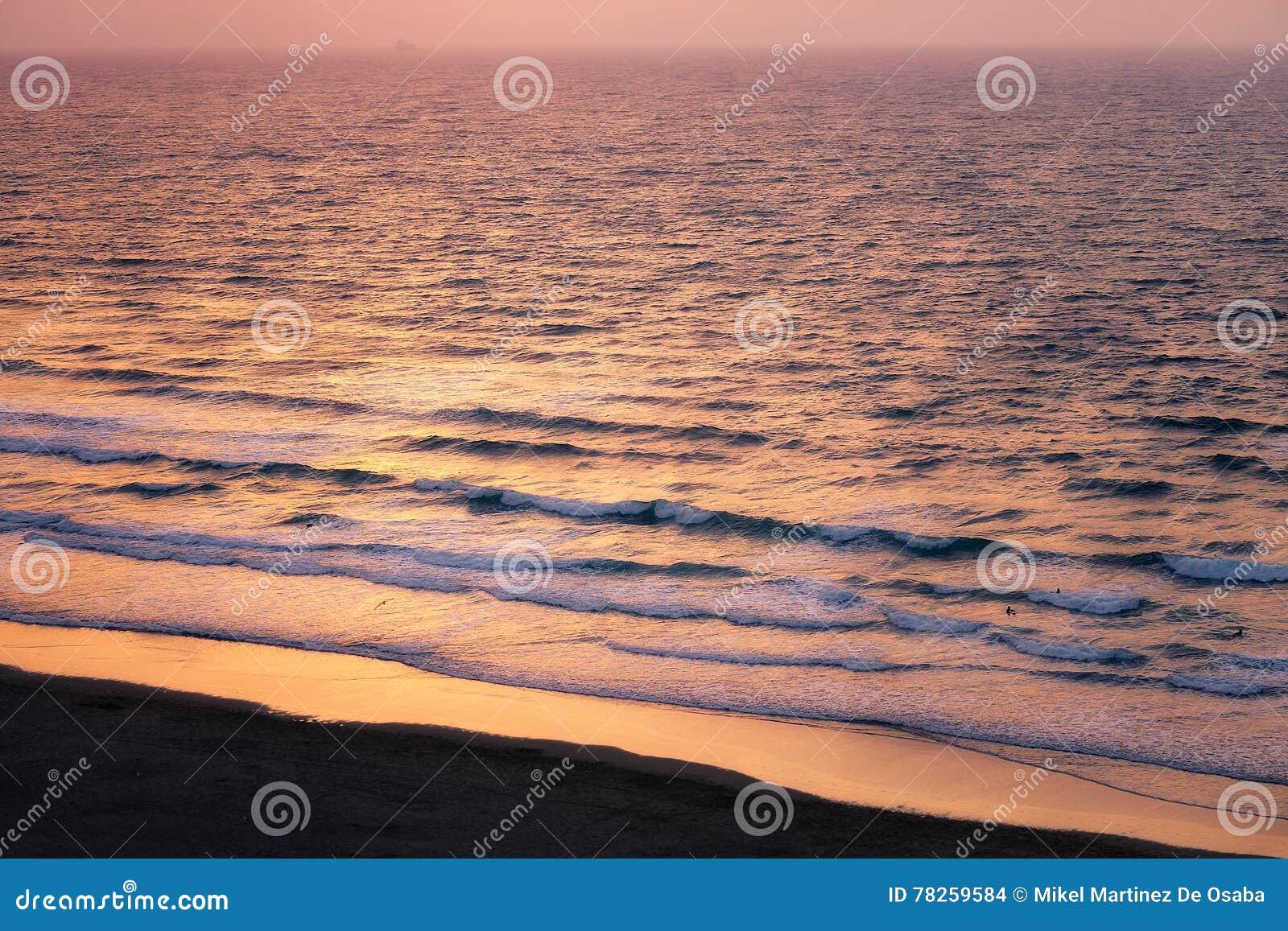κύματα ηλιοβασιλέματος &