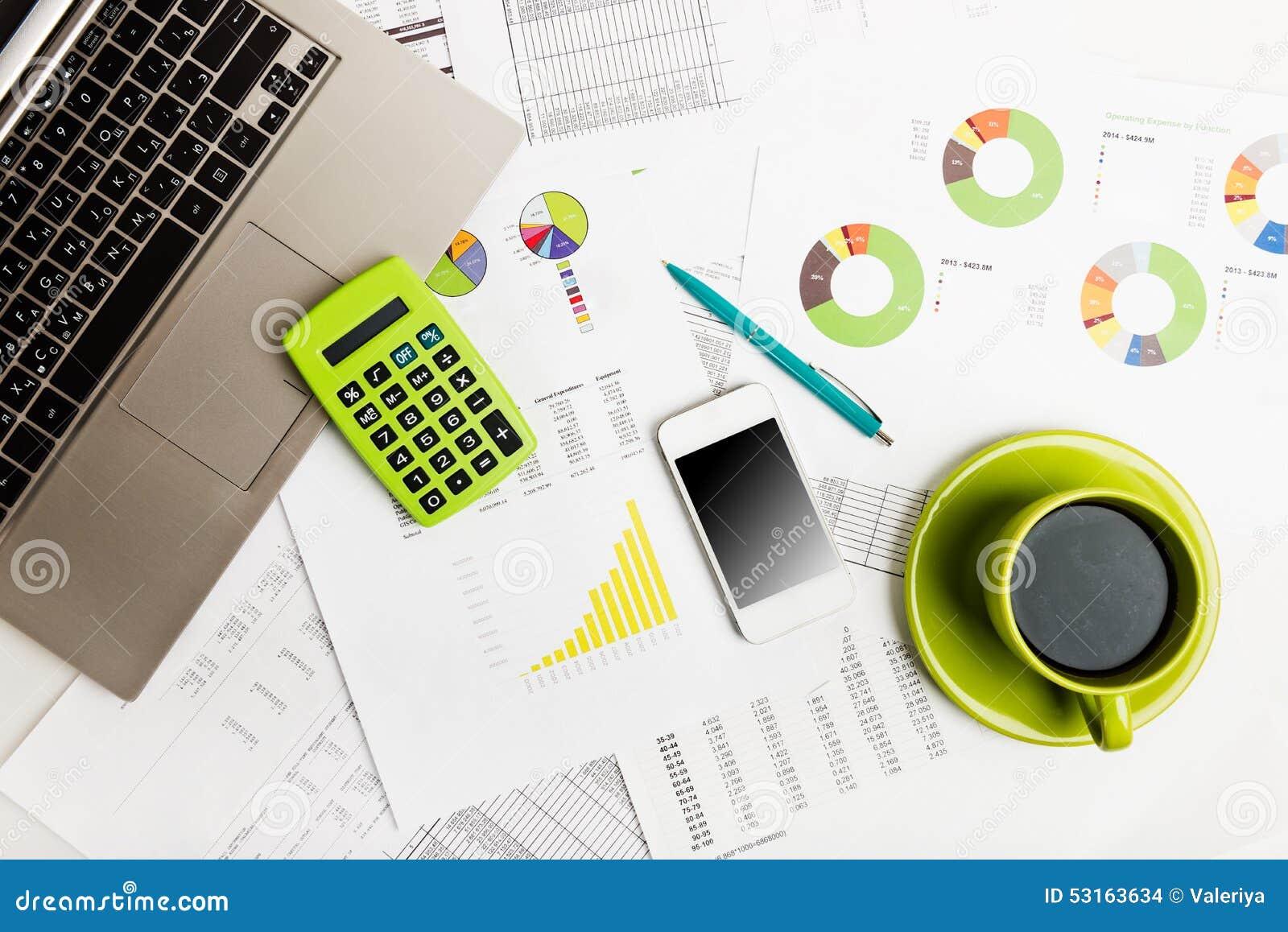 Κλείστε του επιχειρησιακού εργασιακού χώρου με τις οικονομικές εκθέσεις
