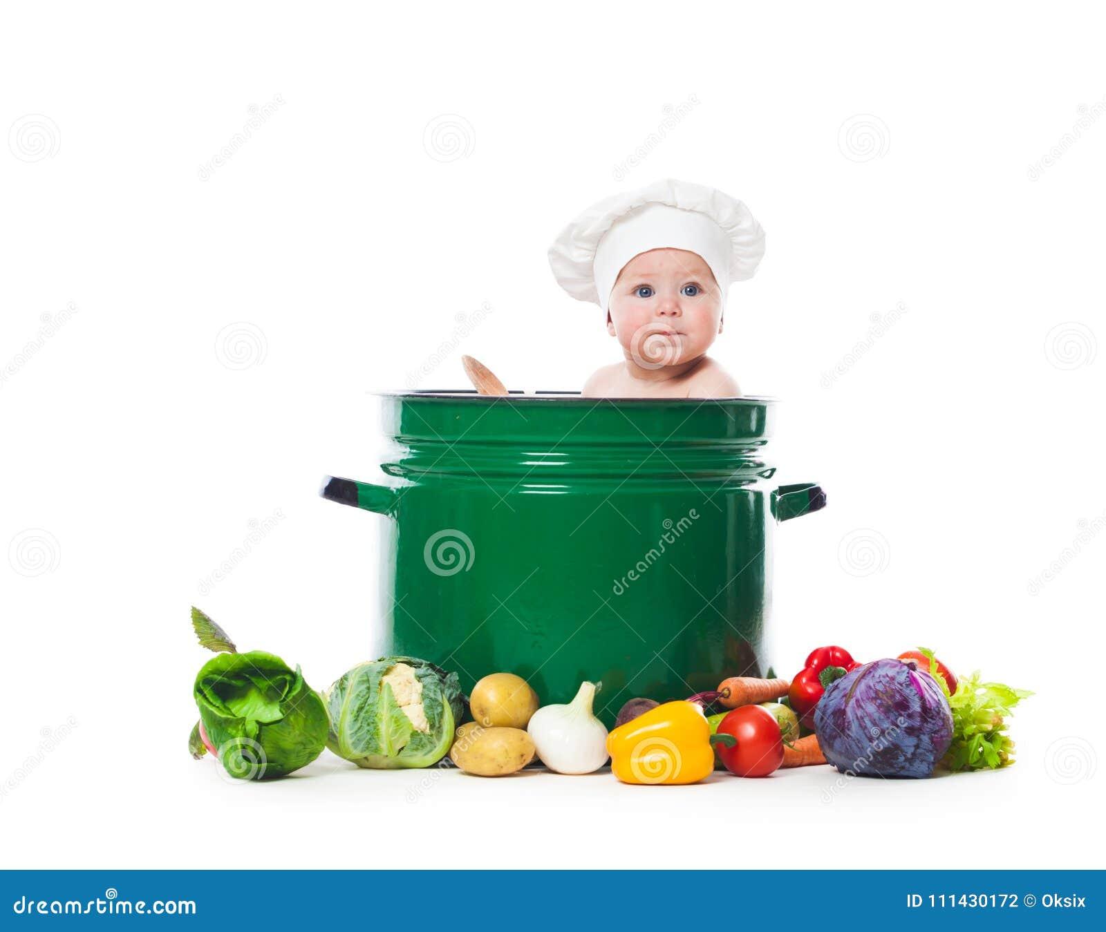 Λίγος αρχιμάγειρας μαγειρεύει
