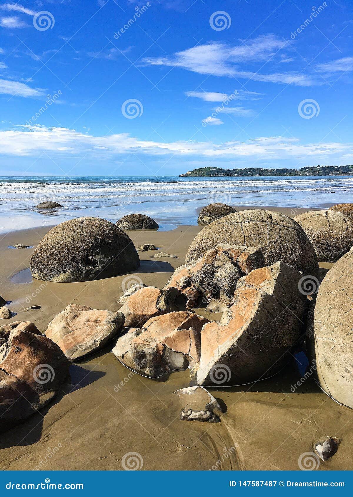 Λίθοι Moeraki στη Νέα Ζηλανδία