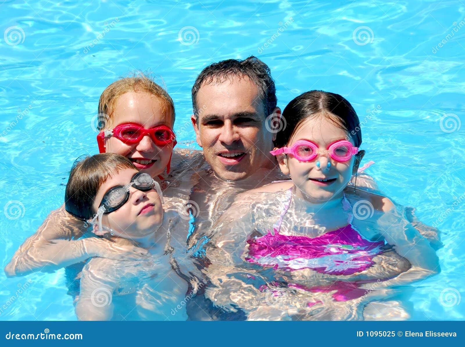 λίμνη οικογενειακής διασκέδασης