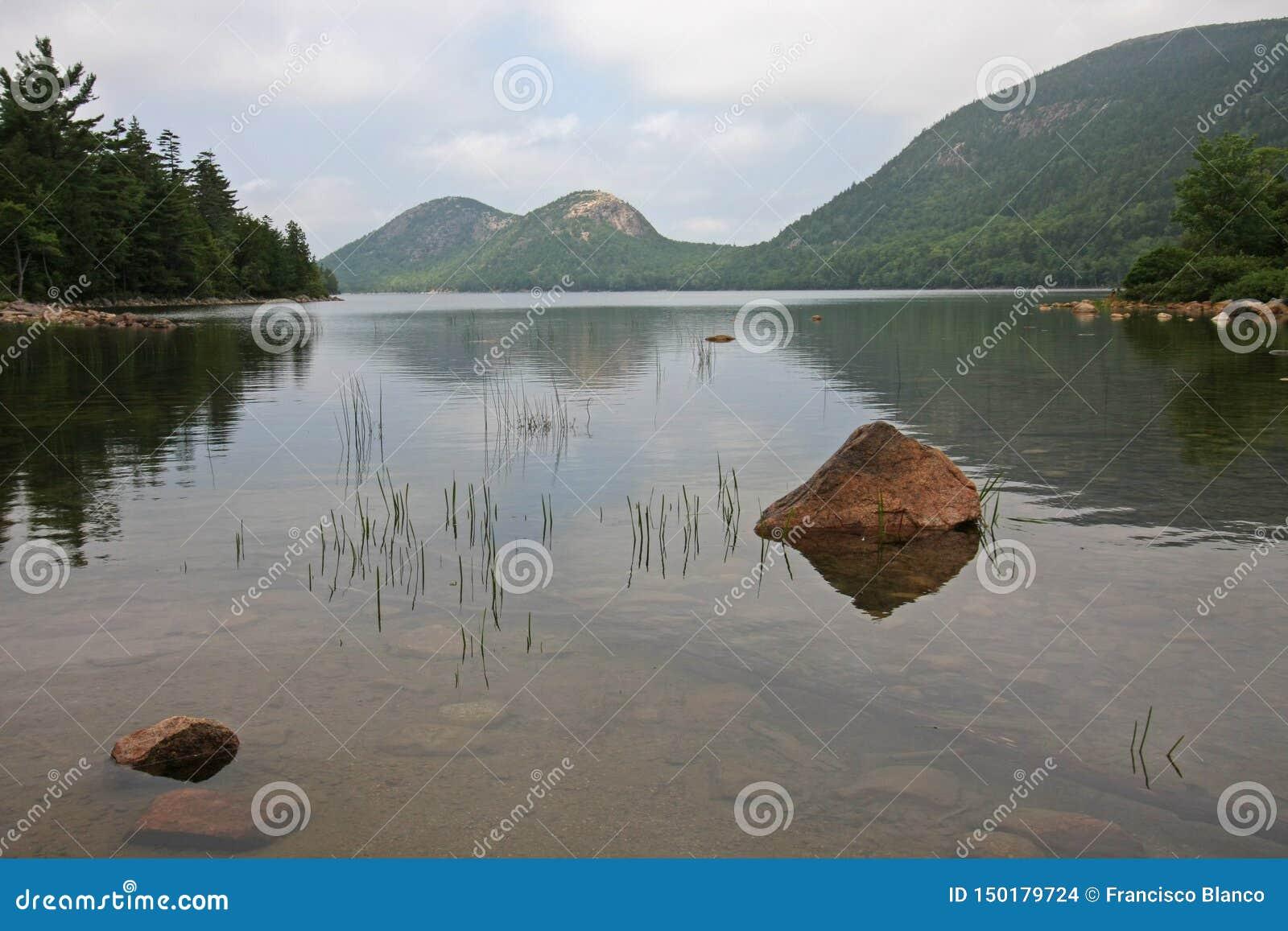 Λίμνη της Ιορδανίας στο εθνικό πάρκο Acadia, Μαίην