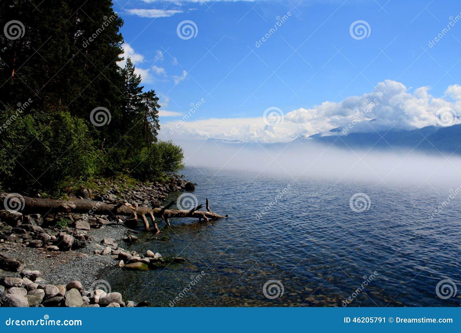 Λίμνη Teletskoye