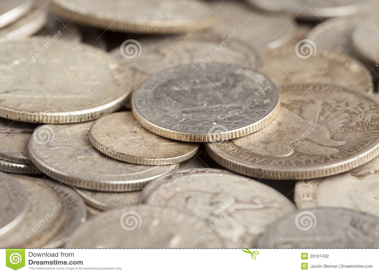 Λαμπρά ασημένια νομίσματα