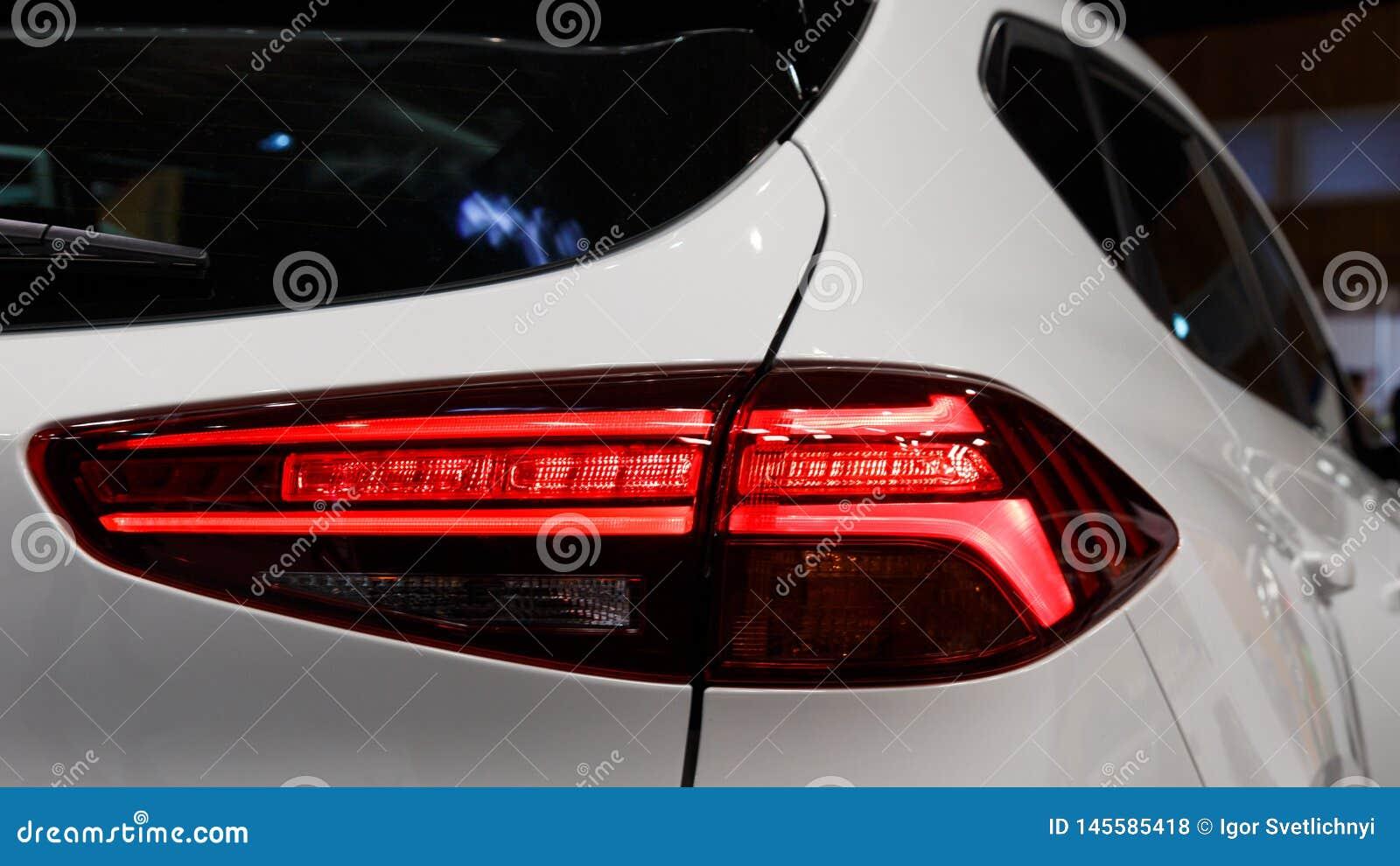 Λεπτομέρεια στο οπίσθιο φως ενός αυτοκινήτου