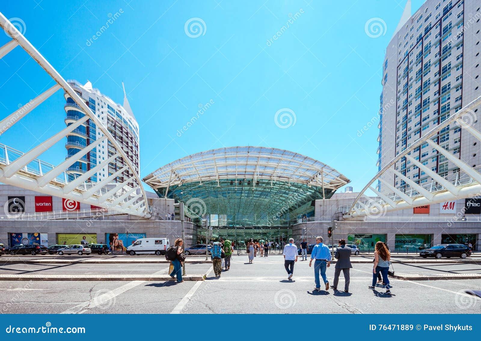 ΛΙΣΣΑΒΩΝΑ, ΠΟΡΤΟΓΑΛΙΑ - 30 ΙΟΥΝΊΟΥ 2016: Gama του Vasco DA εμπορικό κέντρο