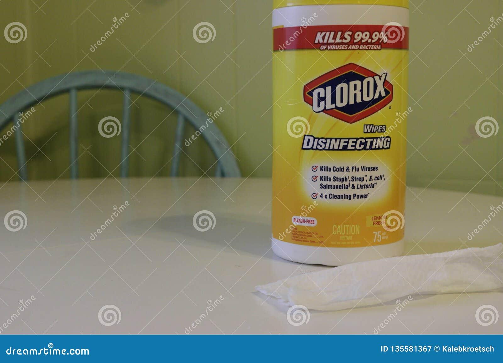 Λονδίνο Καναδάς - 1 Ιανουαρίου 2019: Η εκδοτική επεξηγηματική φωτογραφία ενός εμπορευματοκιβωτίου του clorax σκουπίζει δίπλα χρησ