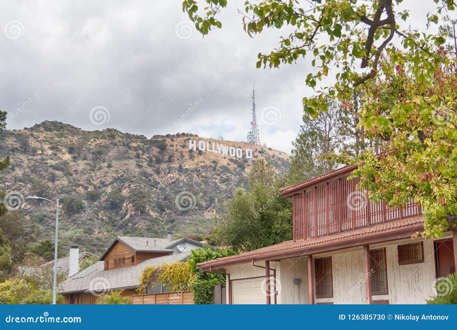 Λος Άντζελες, Ηνωμένες Πολιτείες - το Μάιο του 2018: Το παγκοσμίως διάσημο σημάδι Hollywood ορόσημων στο Λος Άντζελες, Ηνωμένες Π