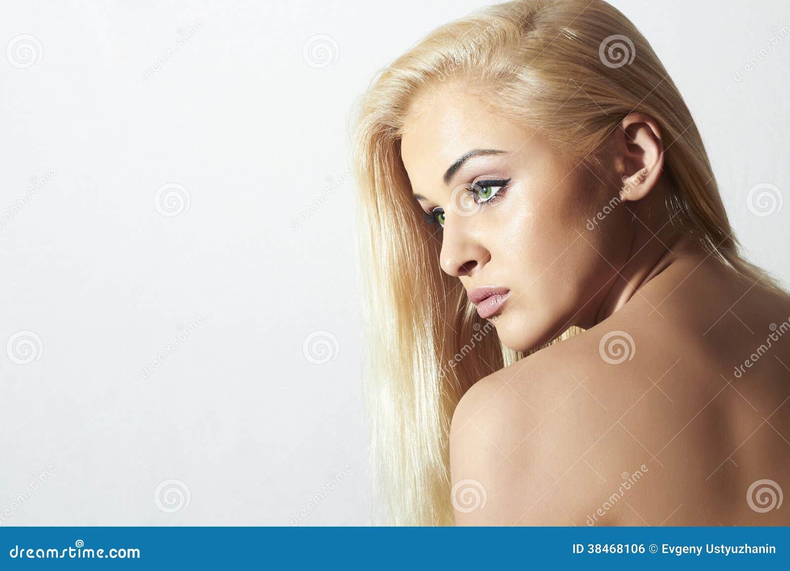 γυμνό κορίτσια εξάπλωση φωτογραφίες