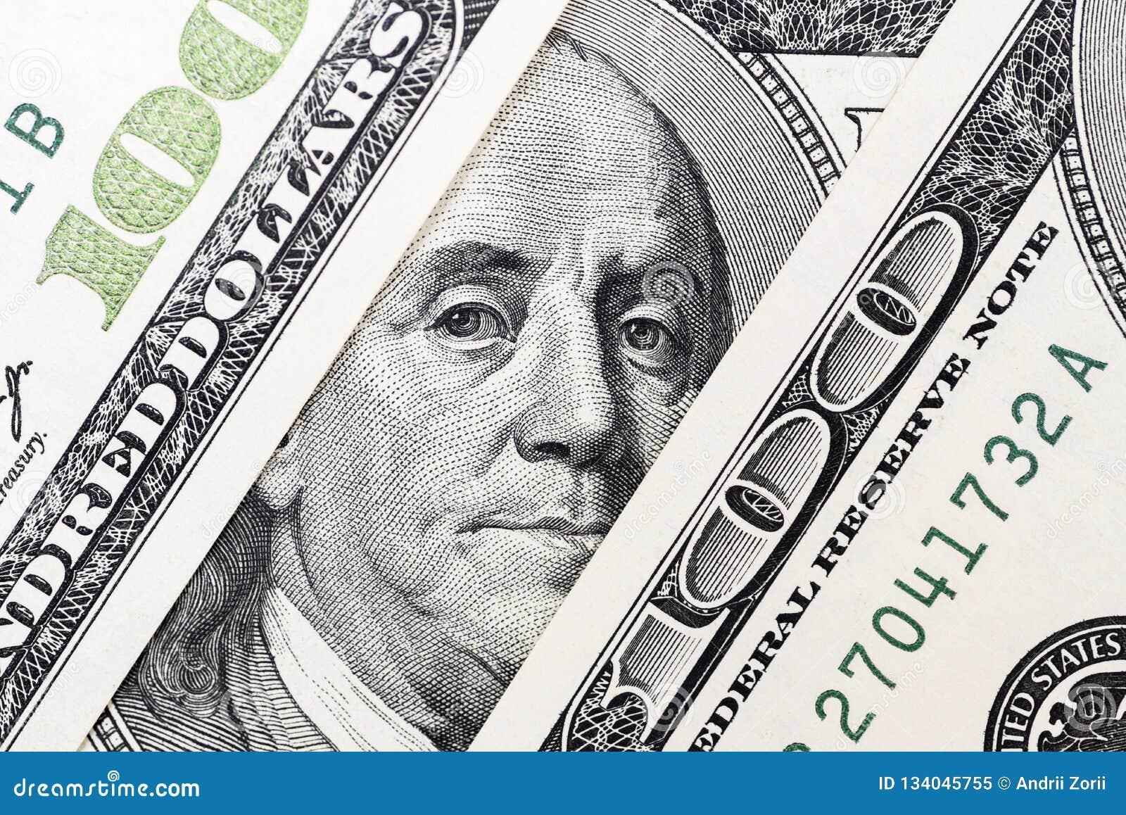 Μάτια του Benjamin Franklin ` s από έναν λογαριασμό εκατό-δολαρίων Το πρόσωπο του Benjamin Franklin στο τραπεζογραμμάτιο εκατό δο