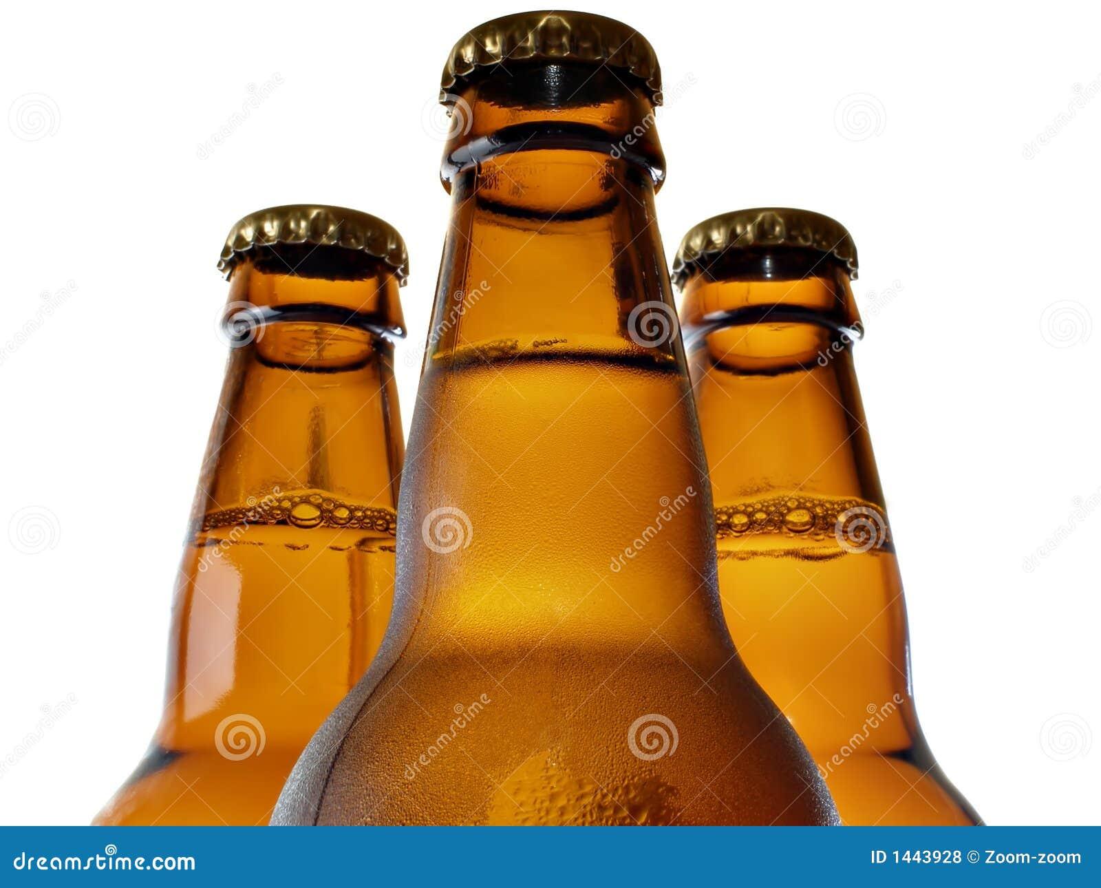 μέρος τρία μπουκαλιών μπύρα&s