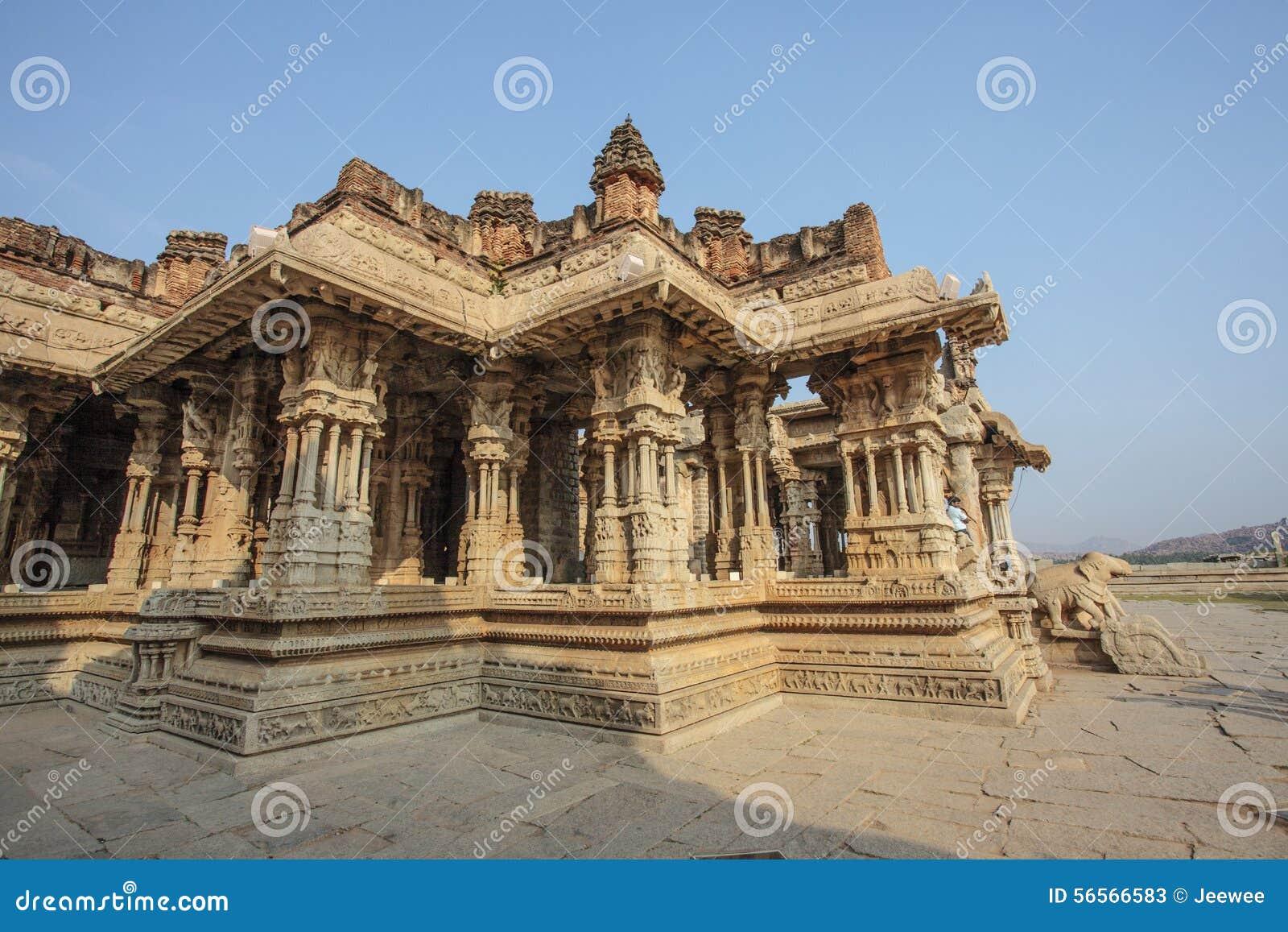 Download Μέσα στον ινδό ναό Vittala στην αρχαία περιοχή Hampi, Karnataka, Ινδία Στοκ Εικόνα - εικόνα από κληρονομιά, κόσμος: 56566583