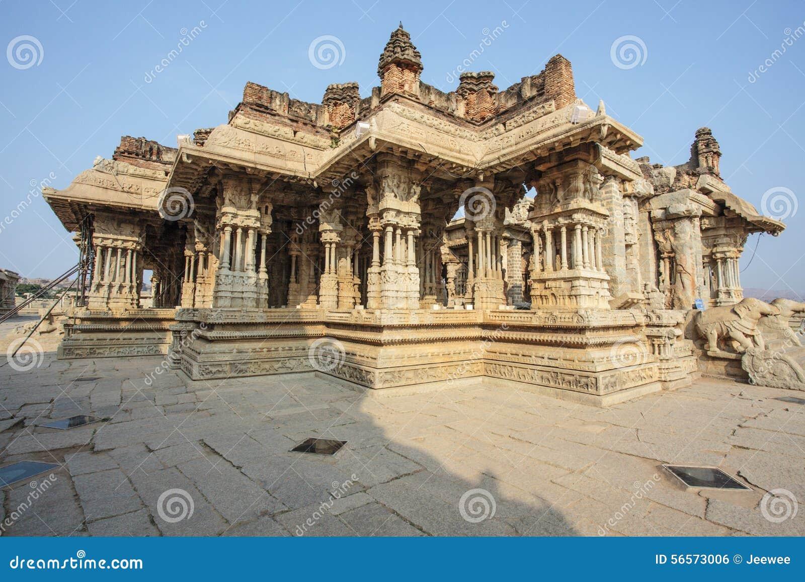 Download Μέσα στον ινδό ναό Vittala στην αρχαία περιοχή Hampi, Karnataka, Ινδία Στοκ Εικόνες - εικόνα από ασία, ανατολή: 56573006