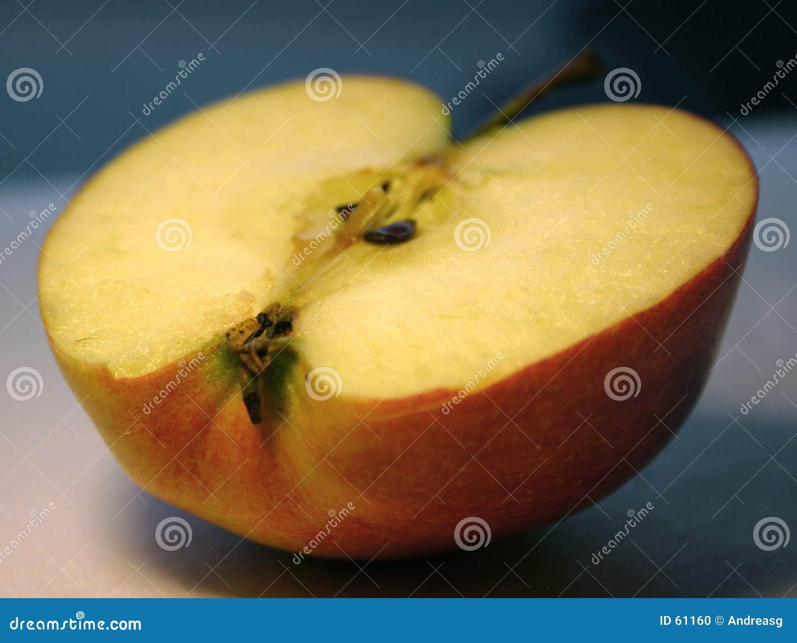 μήλο μισό