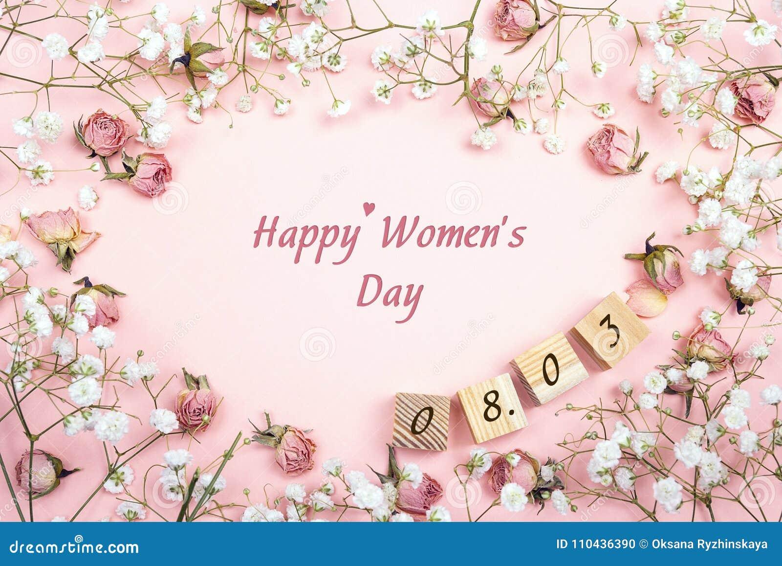 Μήνυμα χαιρετισμού ημέρας γυναικών ` s με το floral πλαίσιο και την ημερομηνία επίπεδο Λα