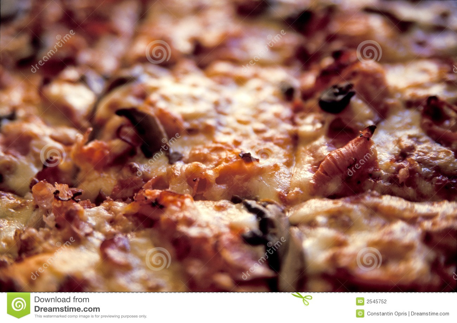 μαγειρευμένη πίτσα λεπτομέρειας