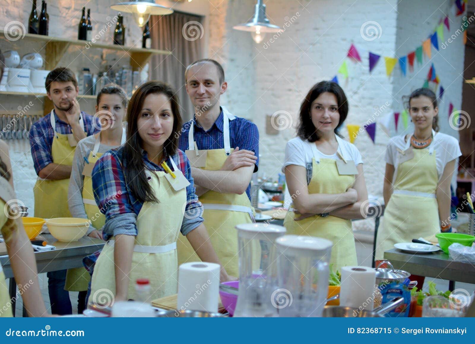 Μαγειρεύοντας κατηγορία, μαγειρικός, τρόφιμα και έννοια ανθρώπων