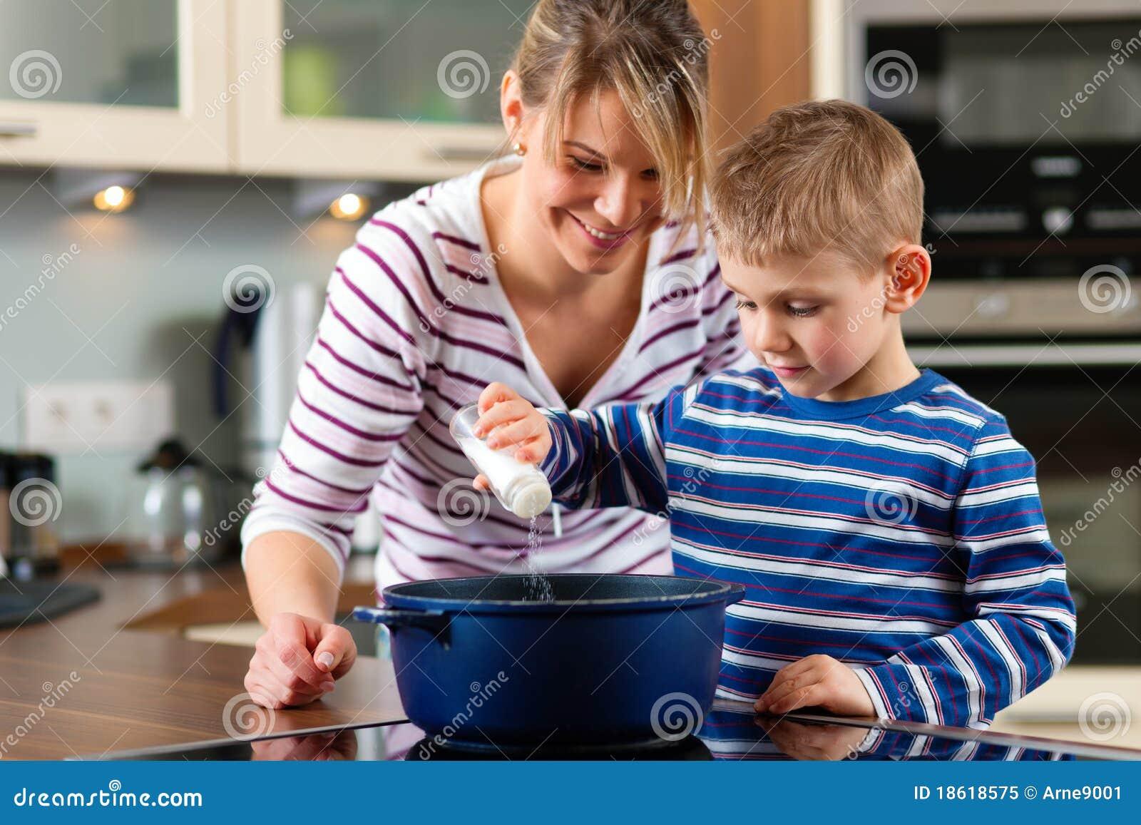 μαγειρεύοντας οικογε&