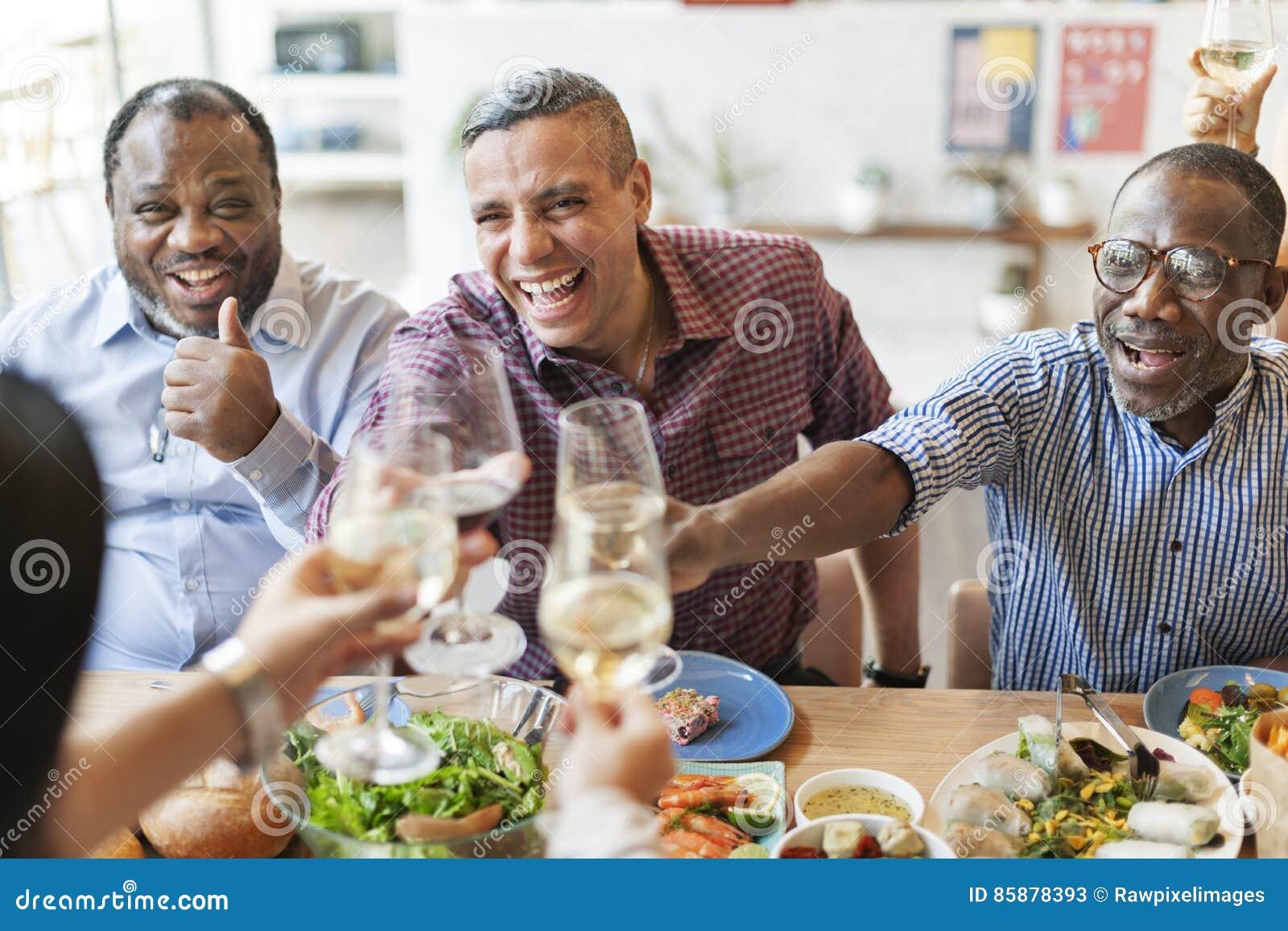 Μαγειρική γαστρονομική έννοια ευθυμιών κόμματος κουζίνας τομέα εστιάσεως τροφίμων