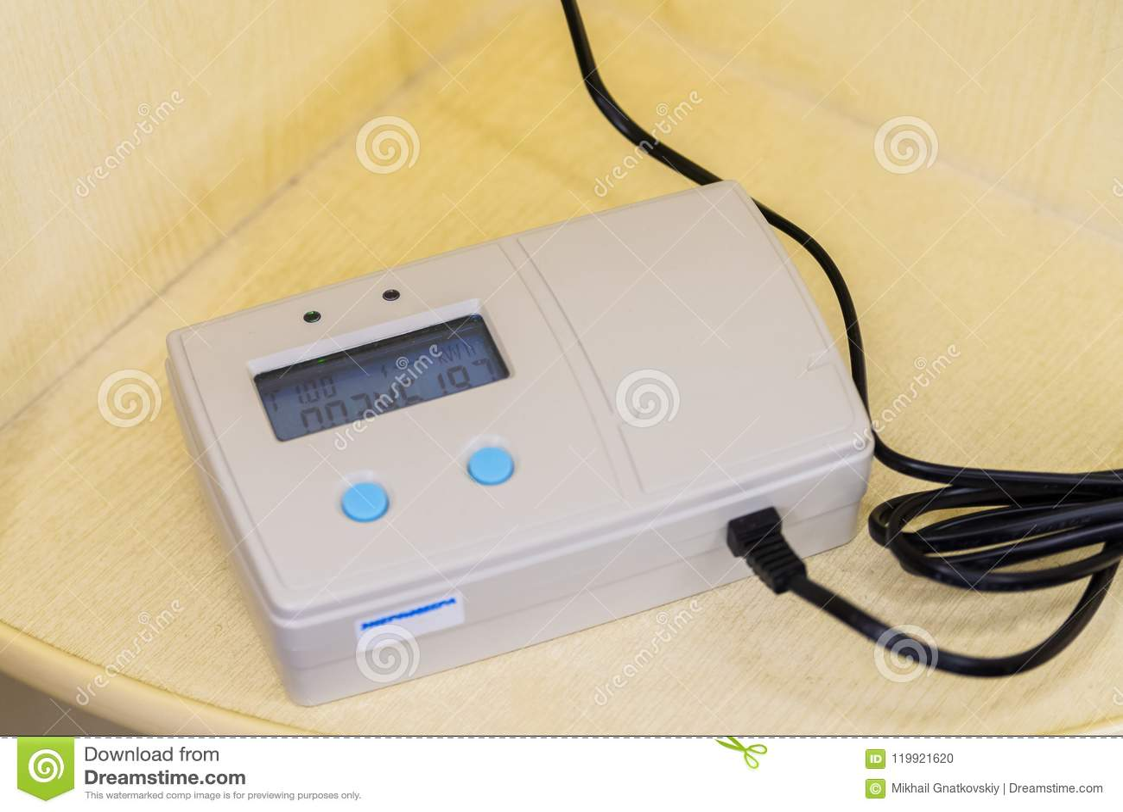 Μακρινός ηλεκτρονικός σύγχρονος έξυπνος μετρητής παροχής ηλεκτρικού ρεύματος πλέγματος κατοικημένος ψηφιακός