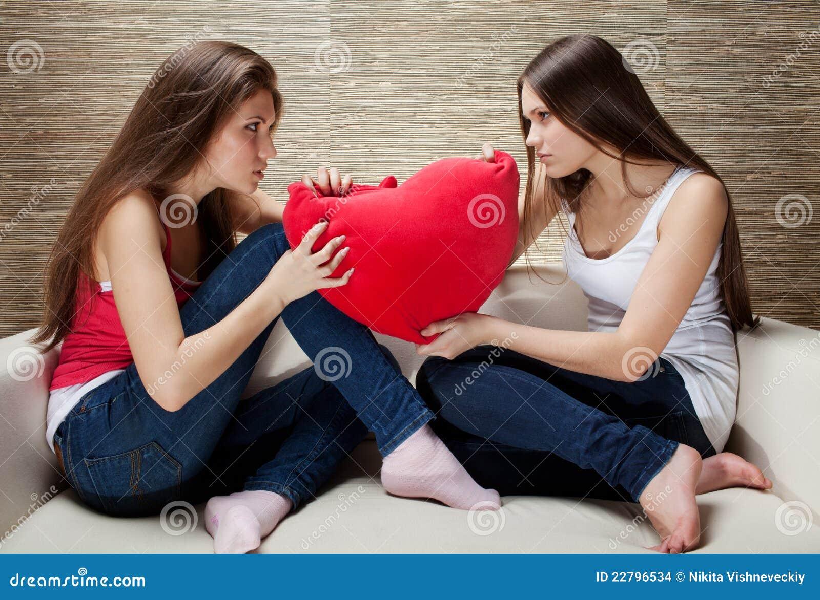 μαξιλάρια κοριτσιών πάλης