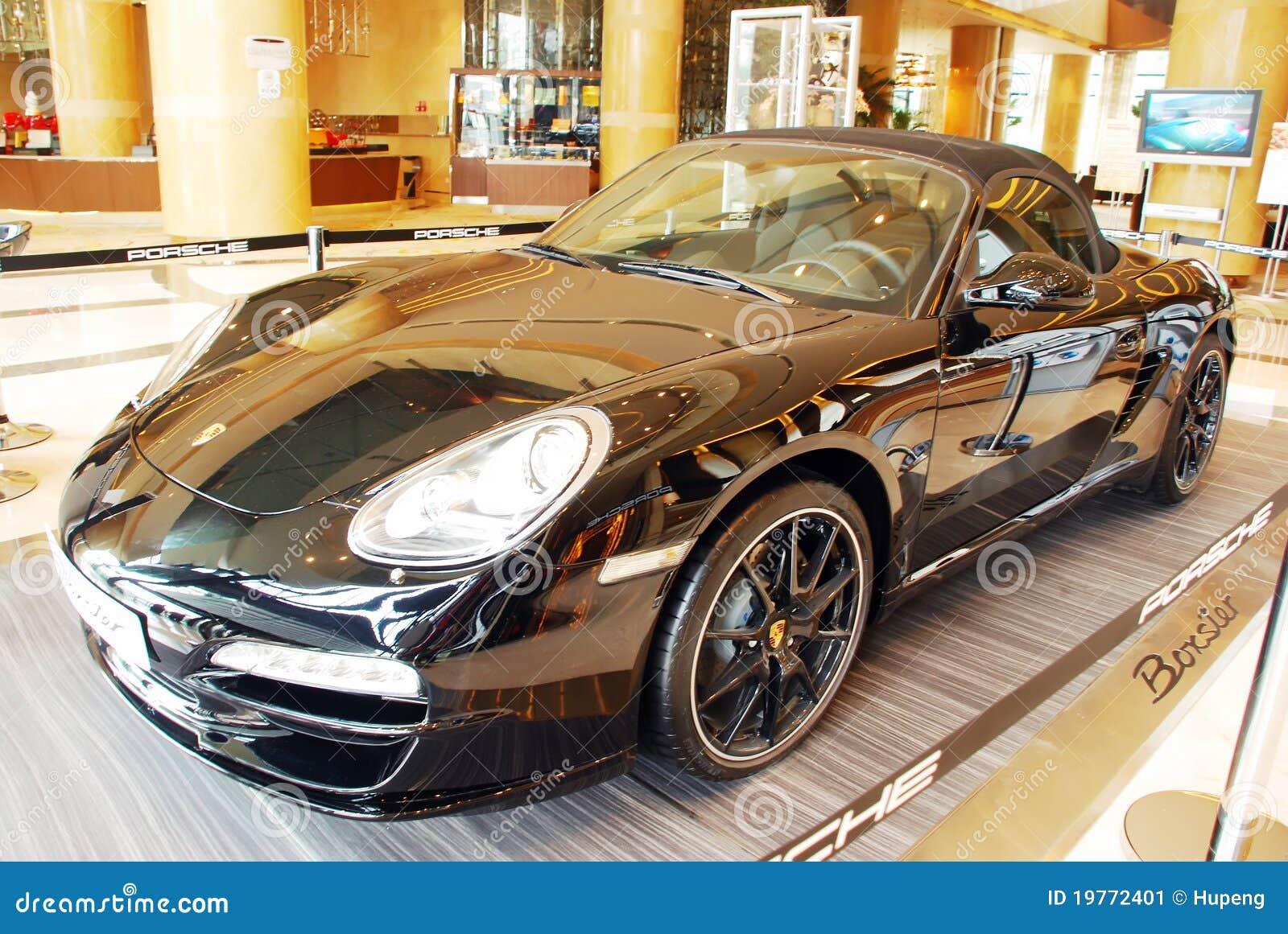 Μαύρη έκδοση της Porsche boxster